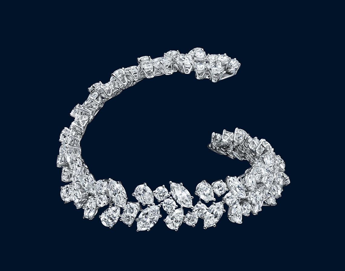 HIGH JEWELRY DIAMOND BRACELET MADE BY HARRY WINSTON AND SHOT BY DAVID FILIBERTI