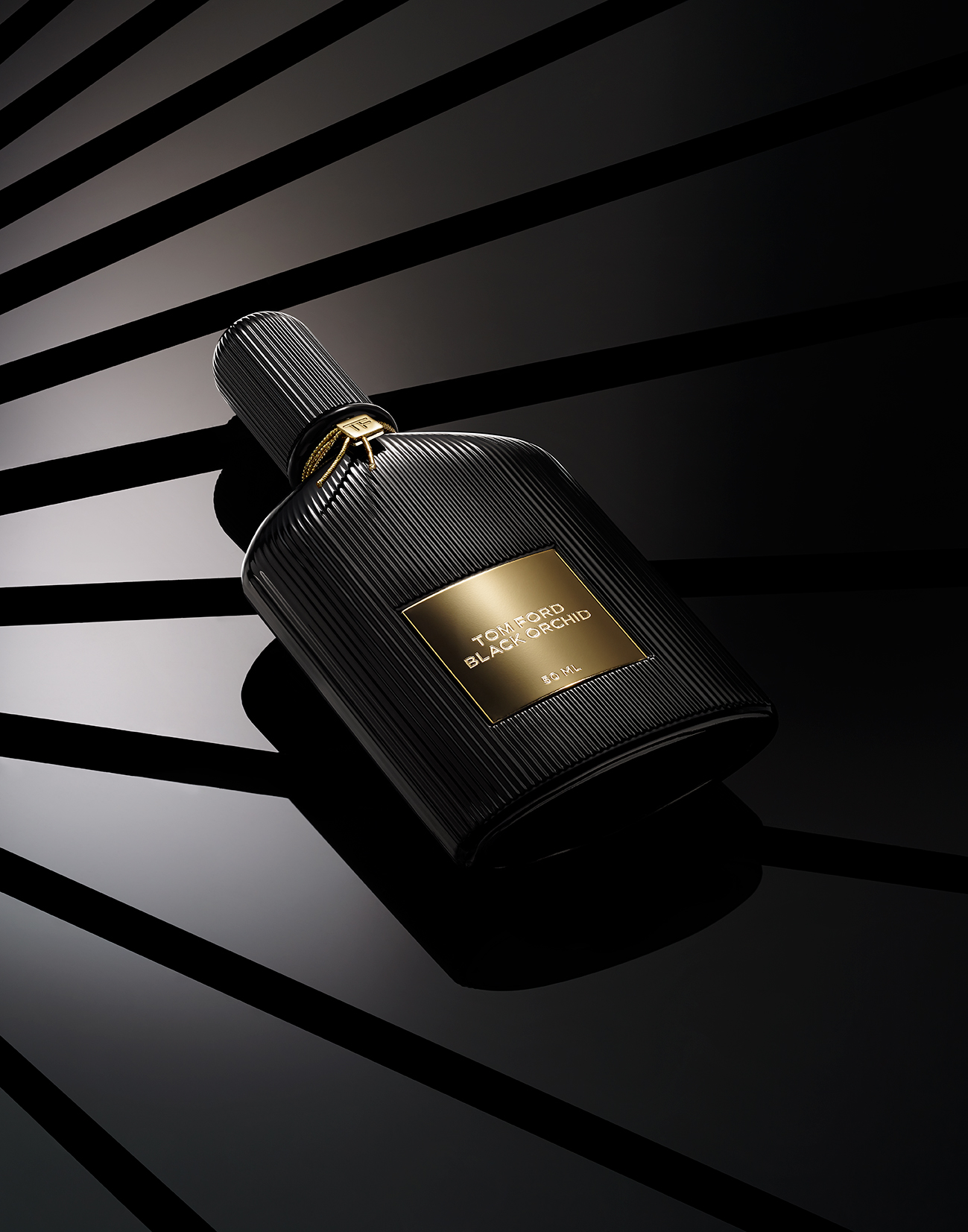 TOM FORD FRAGRANCE SHOT ON GRADIENT BACKGROUND BY DAVID FILIBERTI