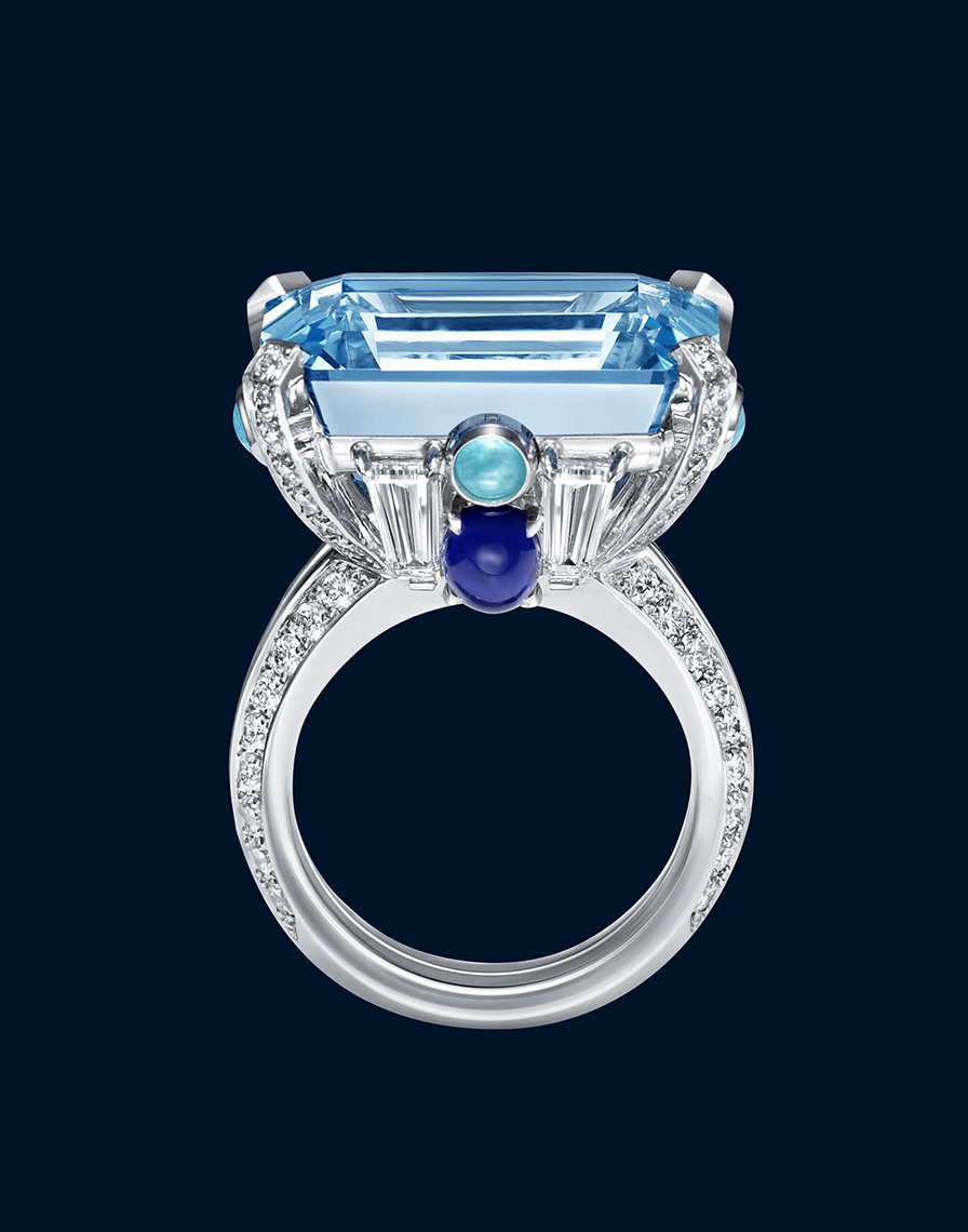 HIGH JEWELRY DIAMOND RING MADE BY HARRY WINSTON AND SHOT BY DAVID FILIBERTI