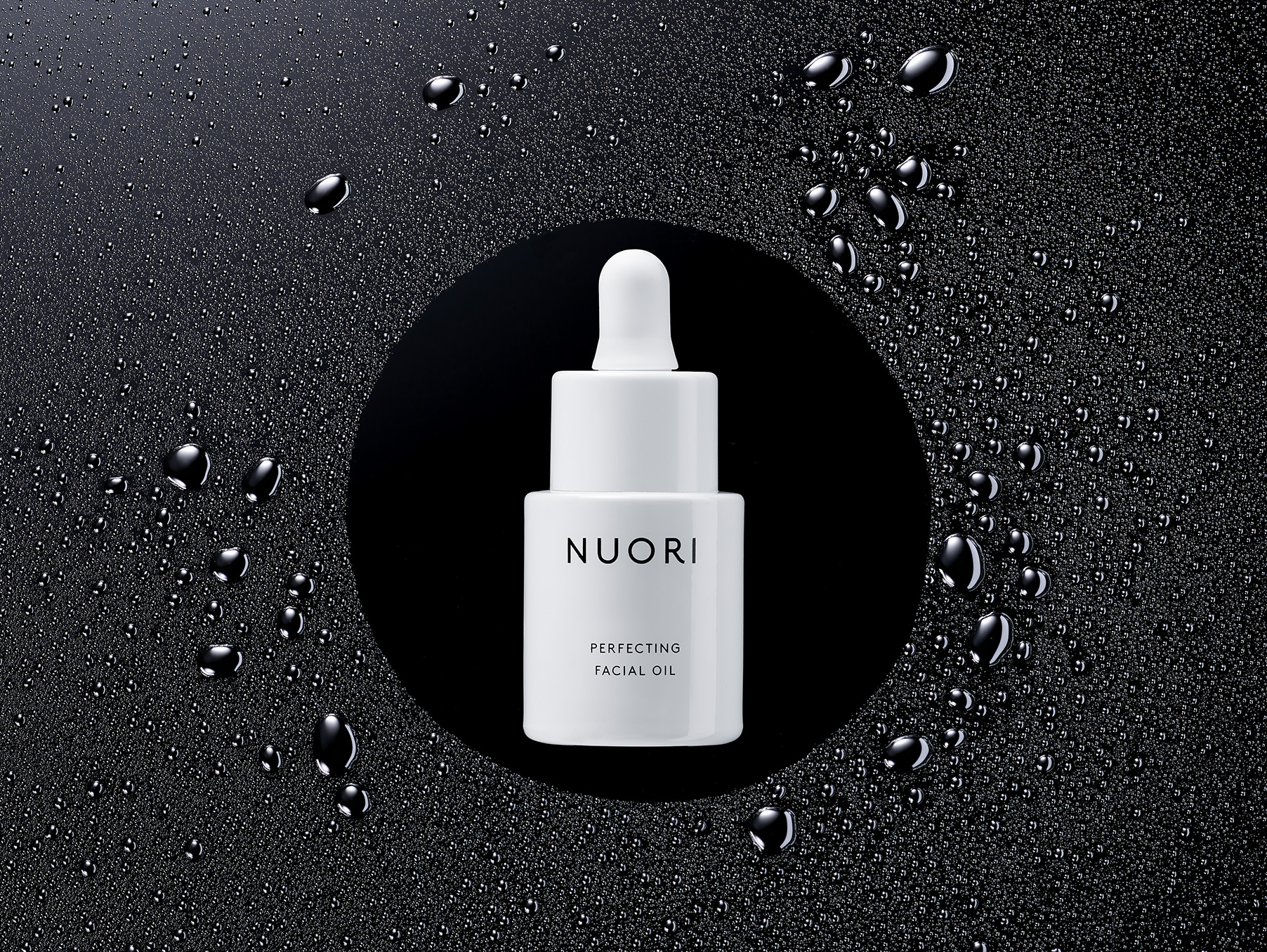 NUORI_OIL_BOTTLE_0483